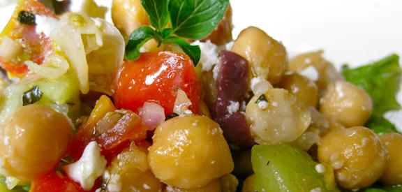 marinated-chickpea-salad