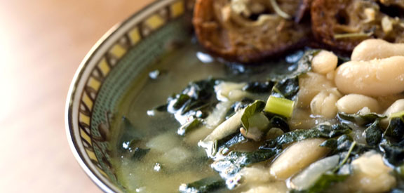 white-bean-and-escarole-sou