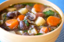 Hearty Mushroom and Veggie Stew
